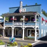 Hotel Charlotte in downtown Groveland on the Way to Yosemite