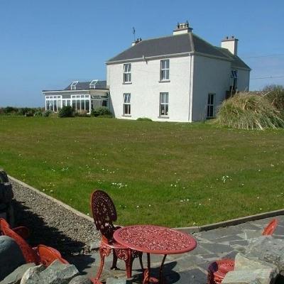 Berry Lodge, Miltown Malbay, Ireland - Facdae