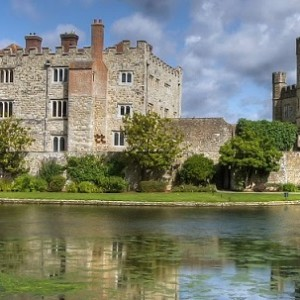 banner itin england north yorkshire leeds castle